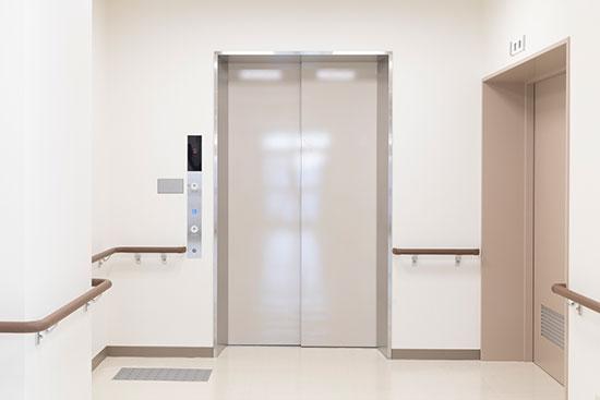 共栄_エレベーター
