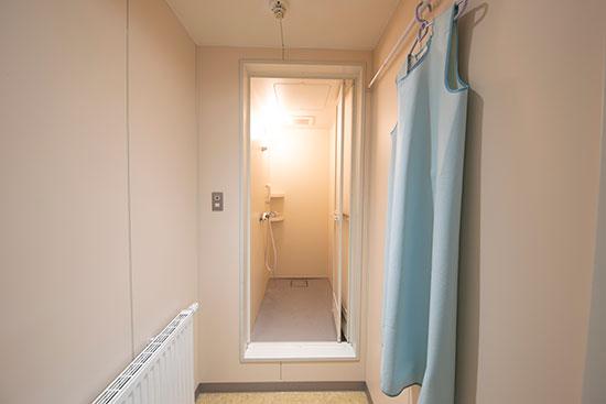 デイサ_シャワー室